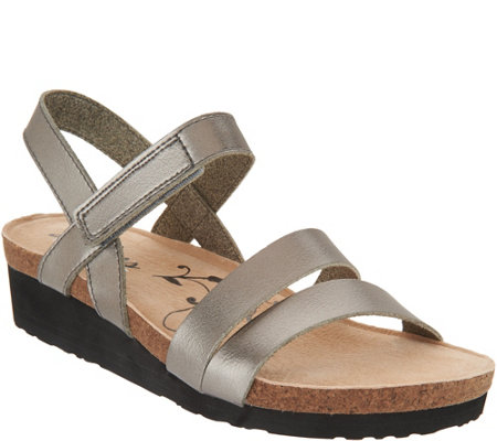 Skechers Metallic Quarter Strap Wedge Sandals - Brons