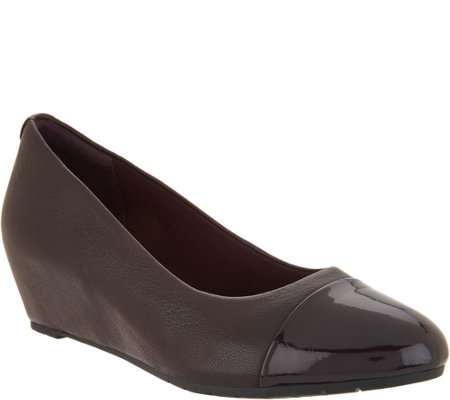 Clarks Artisan Leather Wedge Pumps - Vendra Dune