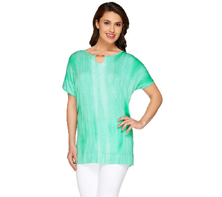 Lisa Rinna Collection Petite Printed Top with Neckline Detail