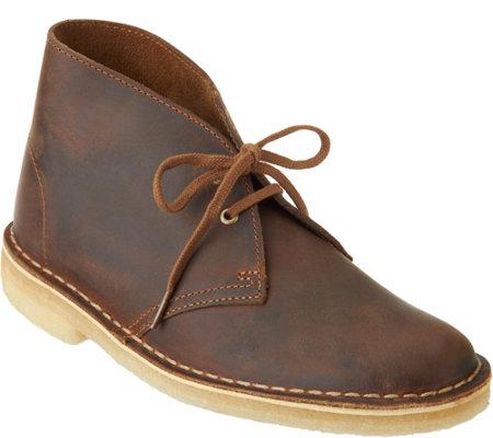 Clarks Artisan Leather Lace-up Desert Boots
