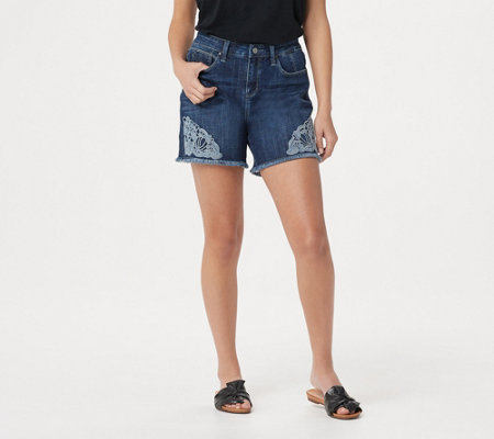 Laurie Felt Classic Denim Weekender Shorts With Crochet Details