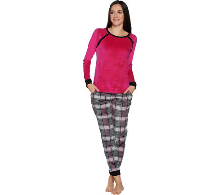 Cuddl Duds Ultra Plush Velvet Fleece Novelty Pajama Set