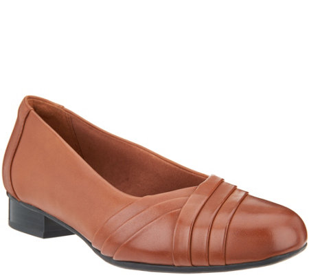 """As Is"" Clarks Leather Slip-On Pumps - Juliet Petra"