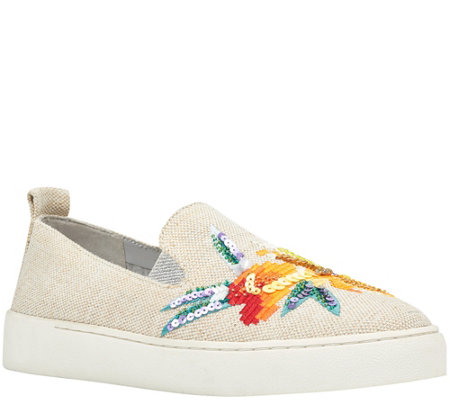 Nine West Sneakers - Playavista