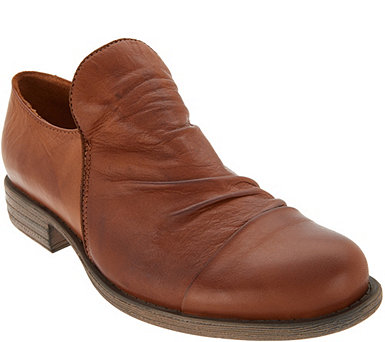 Miz Mooz Ruched Leather Shoes - Lilith - A342077