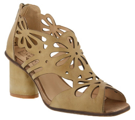 L Artiste By Spring Step Leather Sandals Flamenco