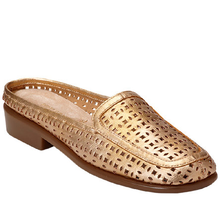 Aerosoles Stitch N Turn Casual Mules - Dubble Bath