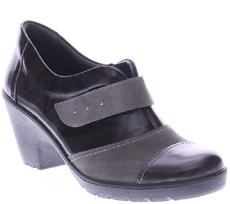 Spring Step Leather Wedges with Lug Outsole - Intuitive