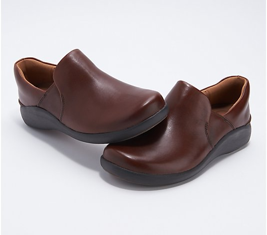 Clarks Unstructured Leather Slip-On Shoes - Un Loop 2 Step