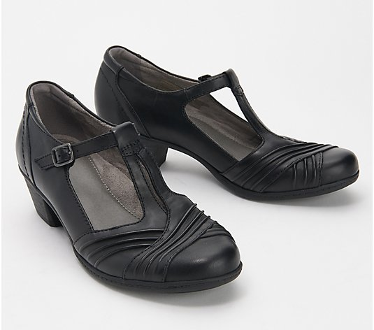 Earth Leather T-Strap Pumps - Marietta Stellar