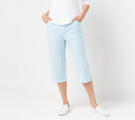 Quacker Factory Pull-On Stretch Seersucker Capri Pants