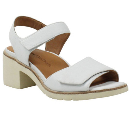 L'Amour Des Pieds Block Heel Leather Sandals - Qerene