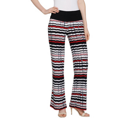 Women with Control Petite Tummy Control Pleat Printed Wide Leg Pants