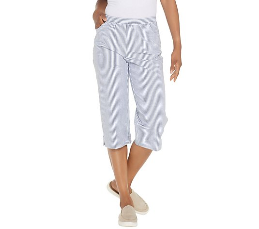 Quacker Factory Pull-On Seersucker Capri Pants with Pockets