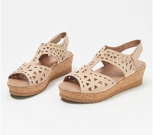 Earth Suede Wedges - Buran Rosa