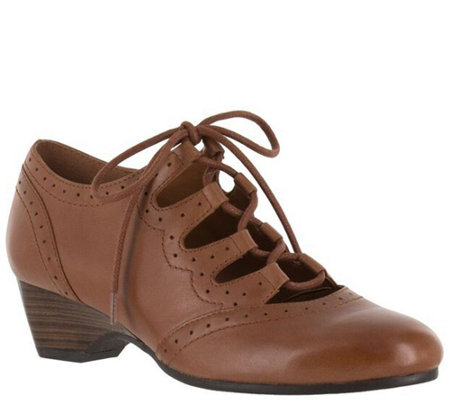Bella Vita Ghillie Lace-up Shoes - Posie