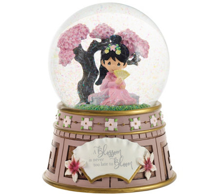 Disney Mulan Musical Snow Globe by Precious Moments