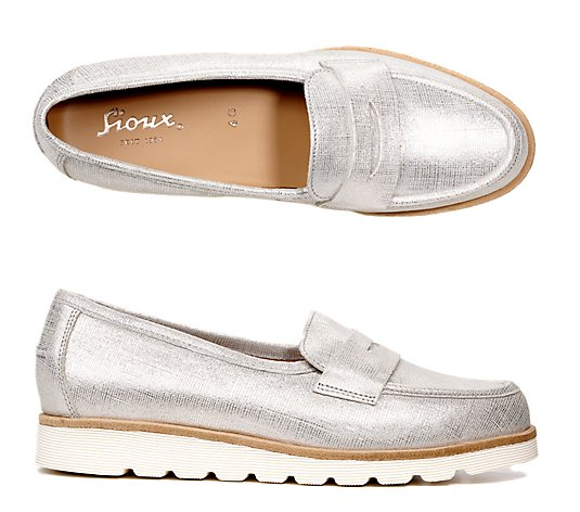 SIOUX® Damenslipper Velia Metallic-Optik