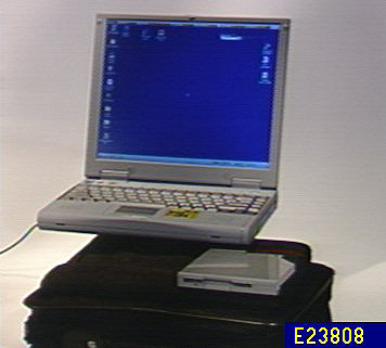 Daewoo Intel Pentium 266 MHz Notebook w/ 13.3