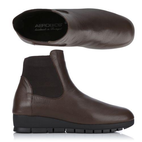 10cd354dfa4f3 conversion shoe size Les offres spéciales QVC sont disponibles pour une  durée limitée. Les vidéos pré-enregistrées de nos émissions peuvent donc  mentionner ...