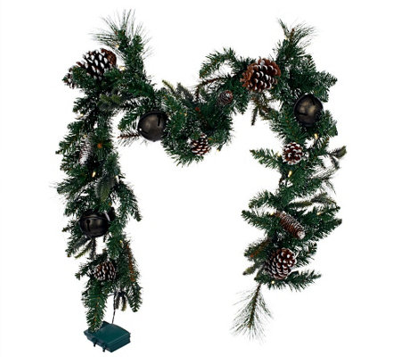 Bethlehem Lights 6' Jingle Bell Garland with Pinecones