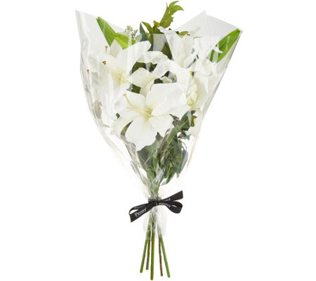 Choice of Lily or Hydrangea Bouquet by Peony