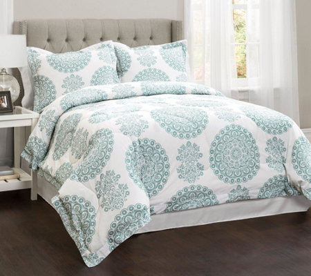 Evelyn 4-Piece Medallion Queen Comforter Set byLush Decor