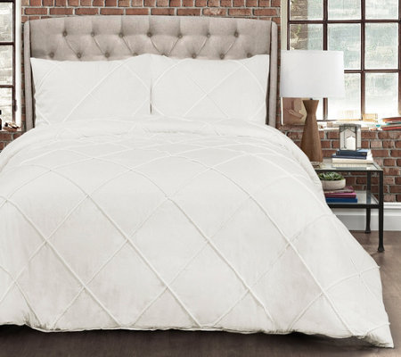 Diamond Pom-Pom 3-Piece Full/Queen Comforter Set by Lush Decor