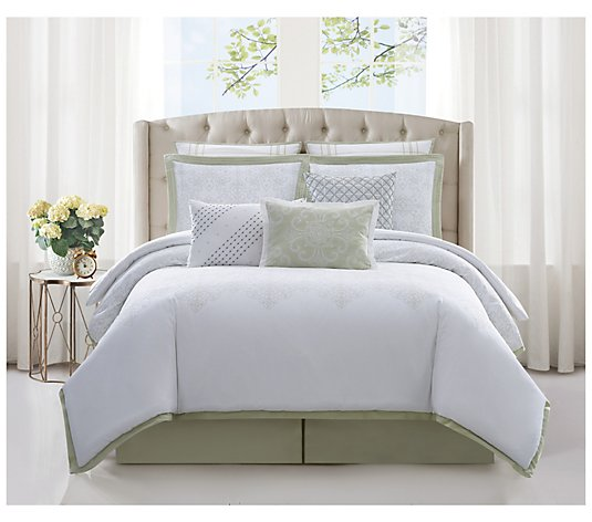 Charisma Belaire Cotton Eyelet Cal. King 4-Piece Comforter Set