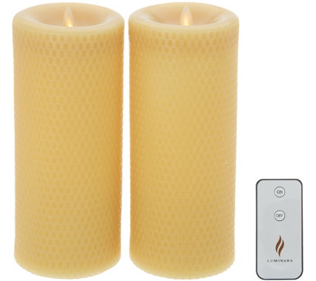 "Martha Stewart Set of (2) 9"" Flameless Beeswax Pillars w/ Remote"