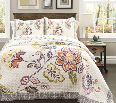 Aster 3-Piece King Quilt Set by Lush Decor