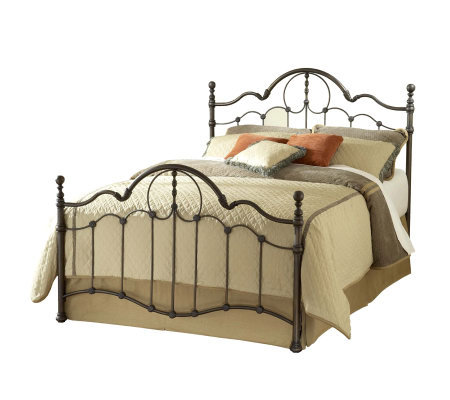Hillsdale Furniture Venetian Bed - Queen