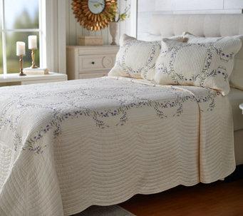 Top Bedspreads - Bedspread Sets, Coverlet Sets & More — QVC.com LO35