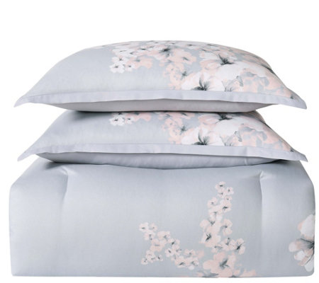 Vince Camuto Esti Full/Queen Three-Piece Comforter Set