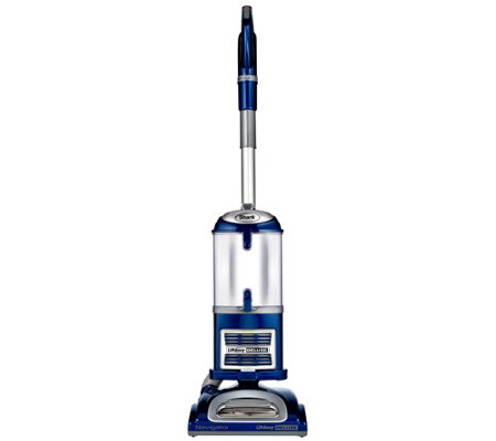 Shark Navigator Lift-Away Deluxe Upright Vacuum