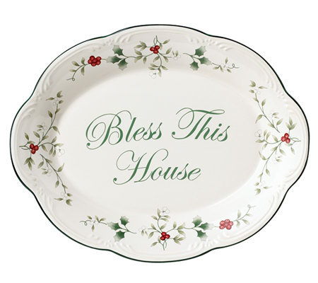 Pfaltzgraff Winterberry Bless This House Plate