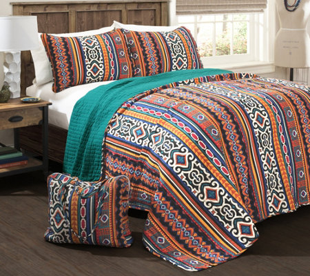 Bettina 4-Piece FL/QN Quilt Set w/ Carry Bag byLush Decor