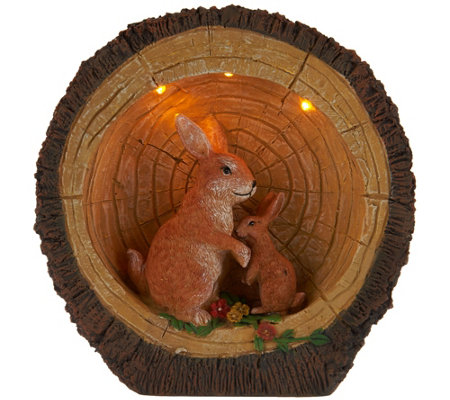 Plow and Hearth Illuminated Woodland Animal Scene in Log