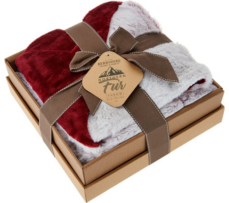 "Berkshire Luxury 50""x70"" Loftmink to Faux Fur Throw in Gift Box"