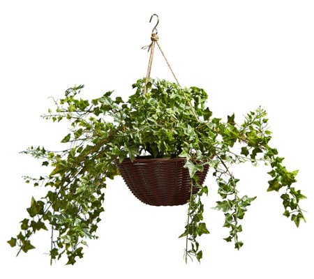 Pure Garden Lifelike Faux English Ivy Arrangement With Basket