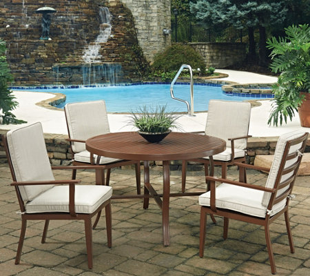 Key West 5-Piece Round Outdoor Table & 4 Chairs