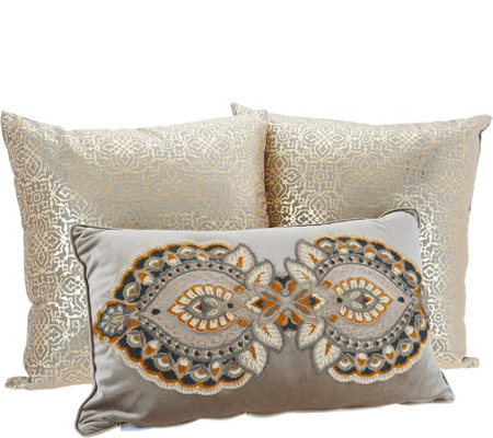 Vivere Home Set Of 3 Decorative Throw Pillows