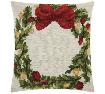 "Mina Victory Hook Wreath Multicolor 18"" x 18"" Throw Pillow"