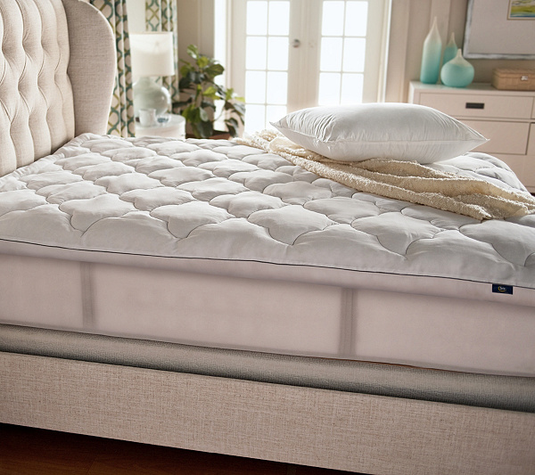 Serta Perfect Sleeper Luxury Queen Mattress Topper With Scotchgard