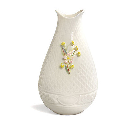 Belleek Celtic Vase With Handformed Flowers Qvc