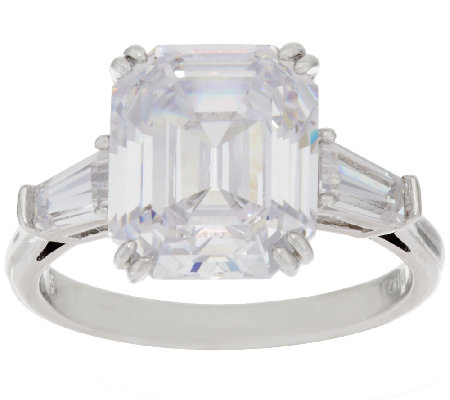 The Elizabeth Taylor 7.20cttw Simulated Diamond Ring