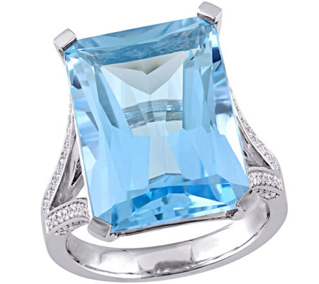 18 ct Sky Blue Topaz & 1/2 cttw Diamond Ring, 14K White Gold