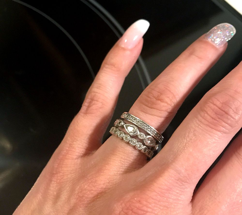 QVC simplement Stacks Sterling 5 mm Rond Blanc Topaze solitaire anneau se vend 43 $