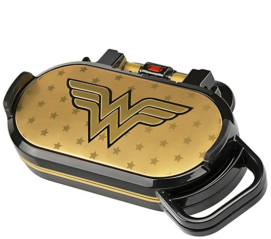 DC Comics Wonder Woman Pancake Maker