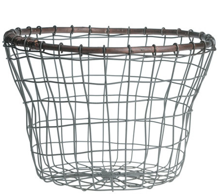 Down to Earth Tulip Wire Bread Basket with Rattan Rim
